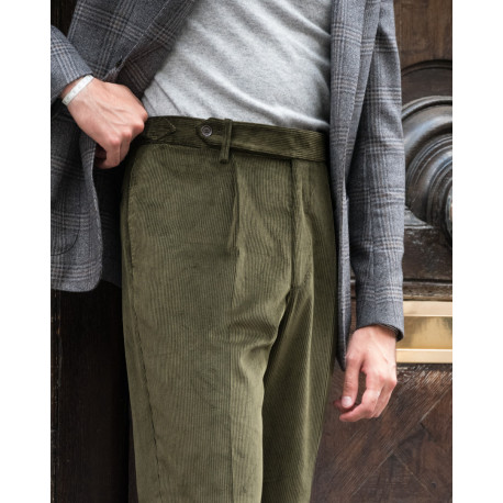 S3 / One Pleat - Corduroy - Green